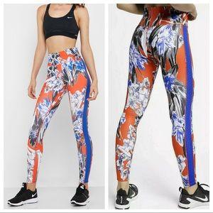 Nike   Red Floral High Rise Leggings Large